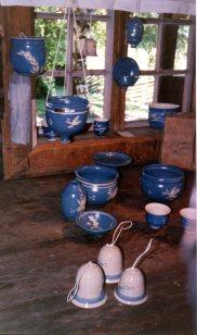 90 Hubred Målfrid keramikk i butikken350